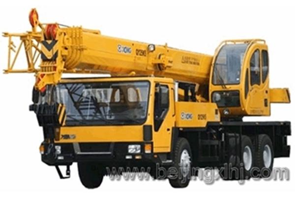 Кран самоходный колёсный QY25K5 25тн